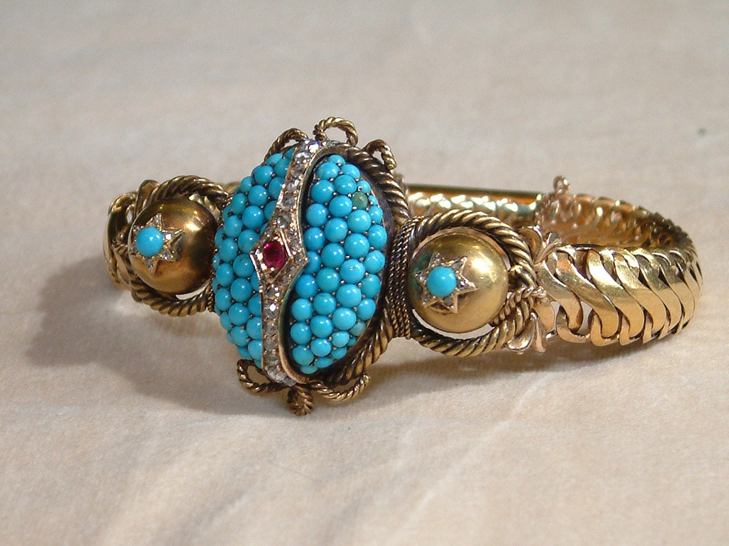 Victorian Gold Bracelet with Turquoises and Rose-Cut Diamonds