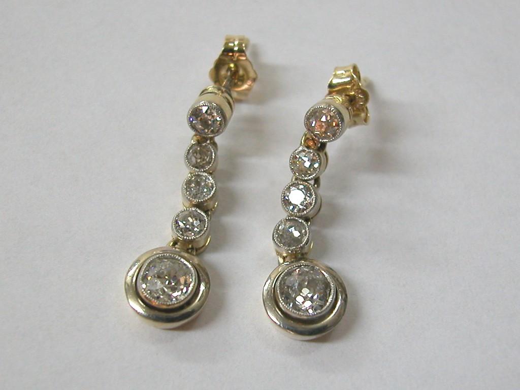 עגילי יהלומים ארוכים