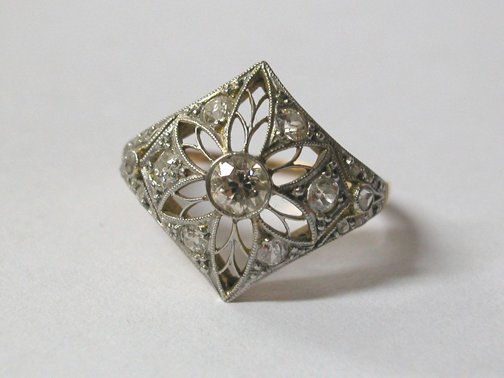 Edwardian Gold Ring
