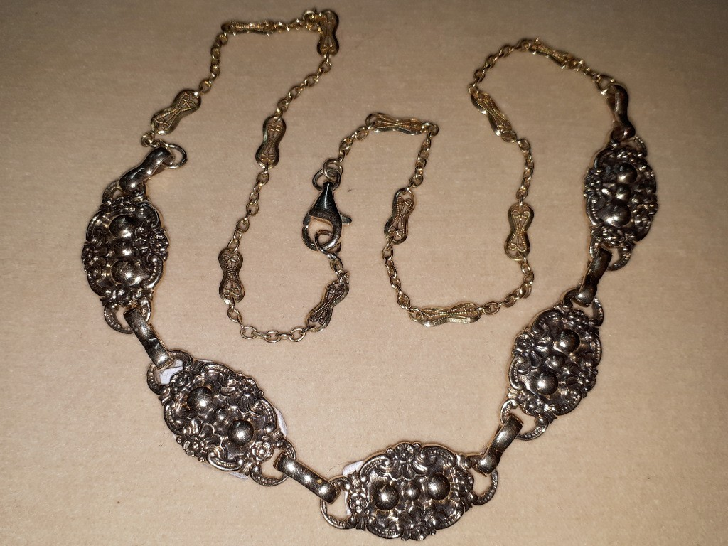 Floral Shaped Art Nouveau Gold Necklace