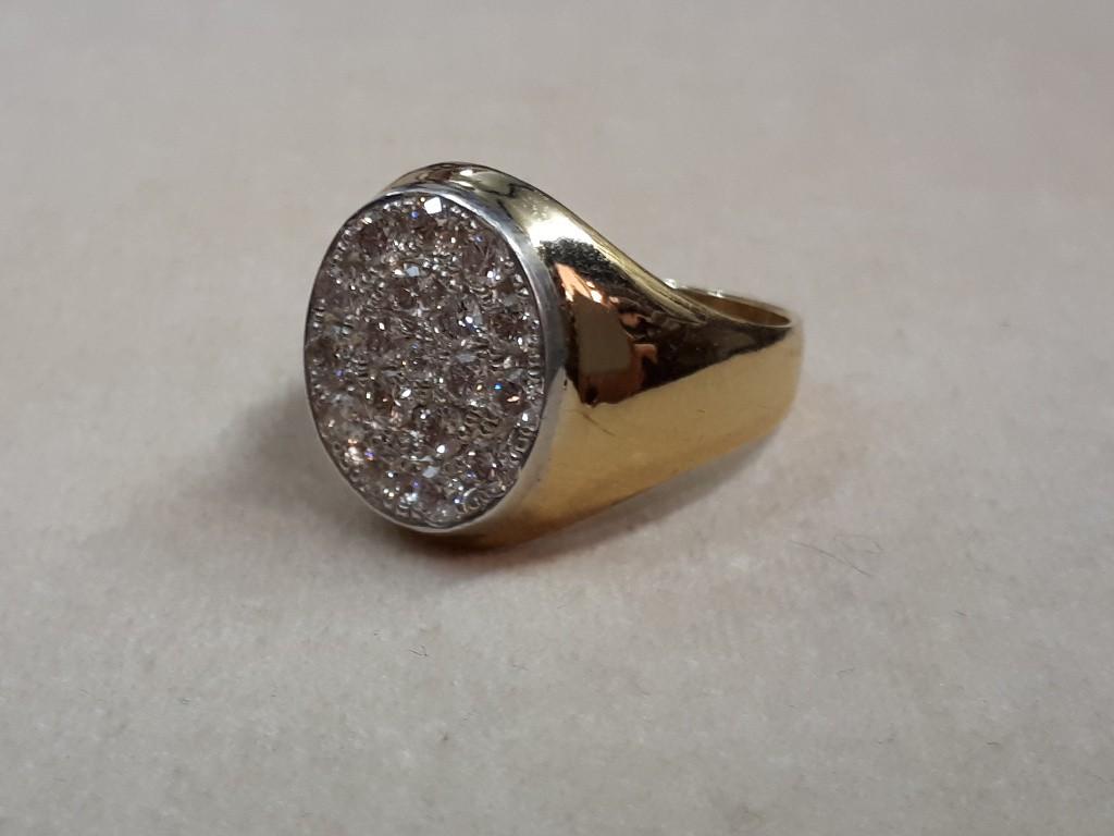 טבעת אדוארדית בזהב 18 קאראט זוהרת עם יהלומים נוצצים