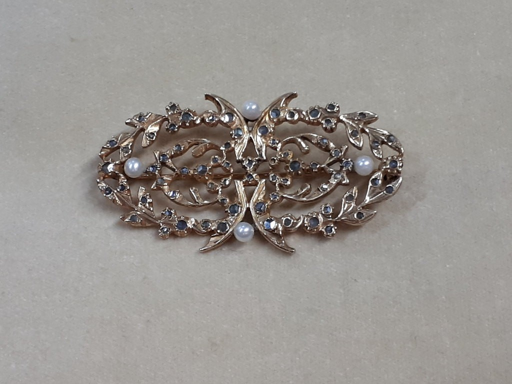 Antique Gilded Silver Brooch with Diamonds and Pearls