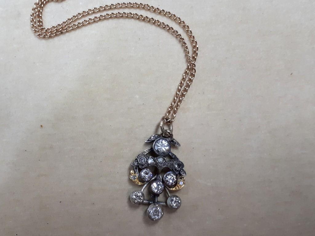 Antique Pendant with Large Sparkling Diamonds