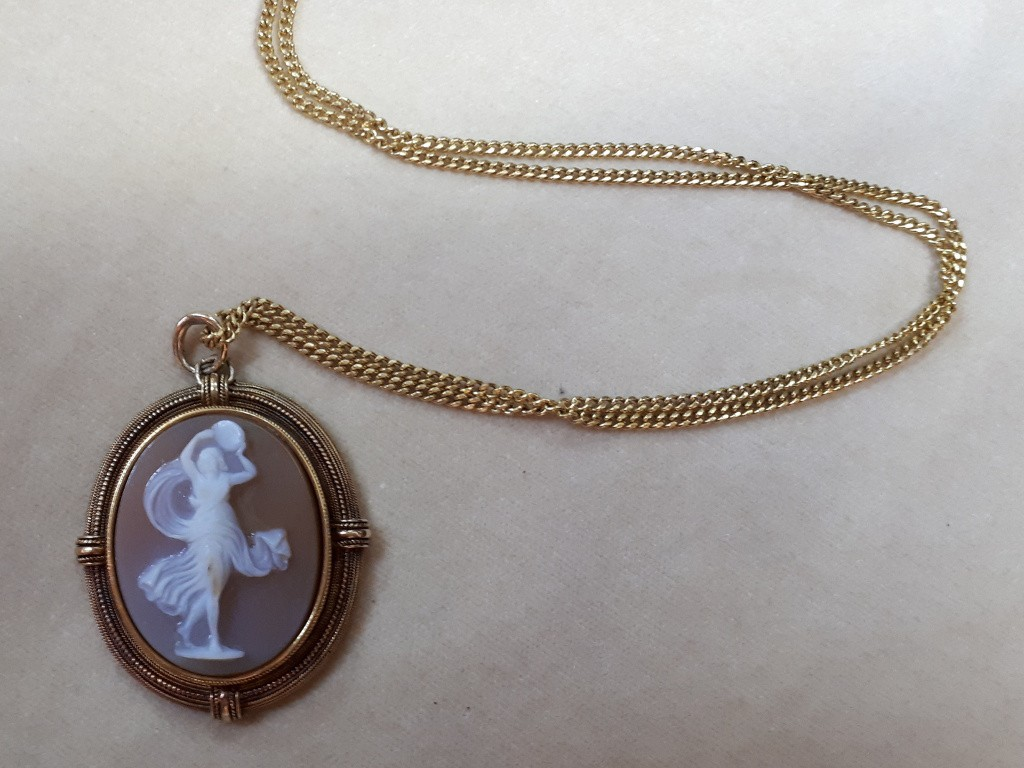 Gold French Pendant with Dancer Cameo