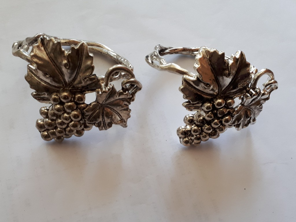 12 Silver Plated Grape Cluster Shaped Napkin Holders