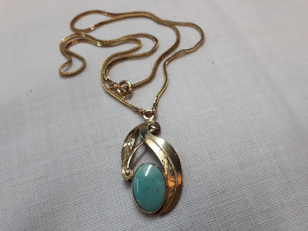 Gold Retro Pendant with Large Turquoise