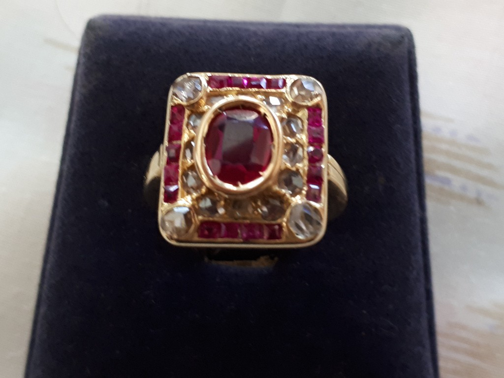 Antique Ring with Rubies and Rose Cut Diamonds