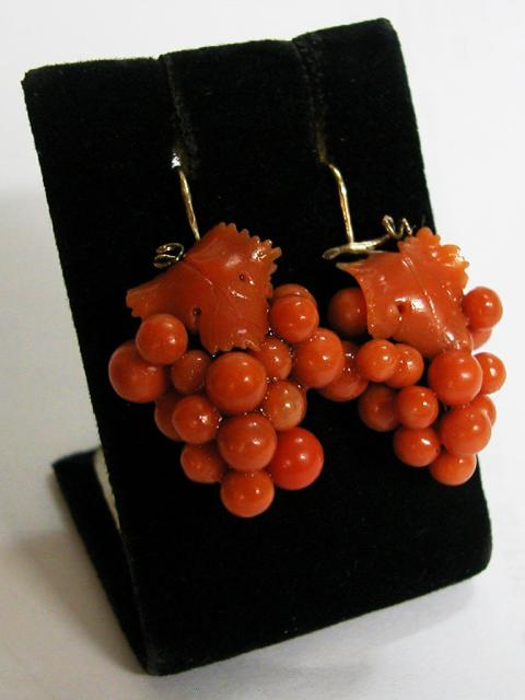 Grapes Shaped Coral Earrings