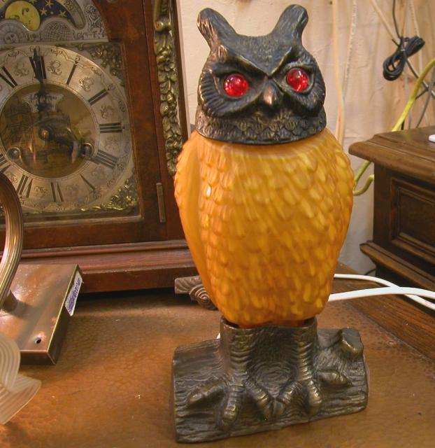 """מנורת שולחן """"ינשוף"""" - ברונזה וזכוכית אומנותית"""