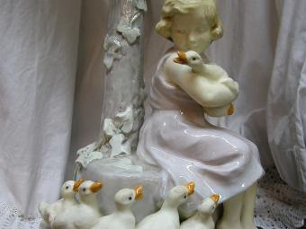 Goldscheider Lamp - Girl with Geese