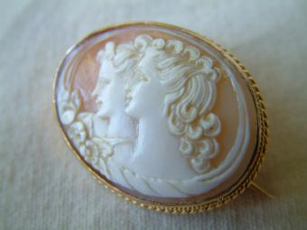 Rare Cameo Brooch of Two Women