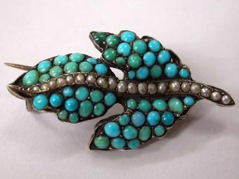 Leaf Shaped Pin with Turquoises and Pearls