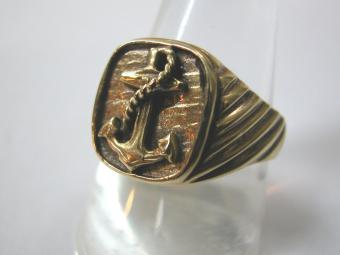 English Ring with Embossed Anchor