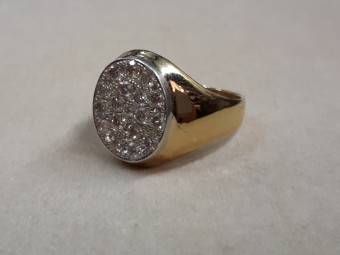 18 Carat Gold Edwardian Ring with Pavé set Diamonds