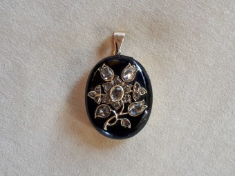 "Art Nouveau Pendant with Rose Cut Diamonds ""Flowers"""