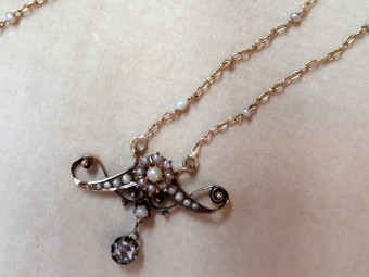 Large Art Nouveau Pendant with Diamonds and Natural Pearls