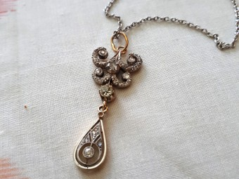 White Gold Edwardian Diamonds Pendant