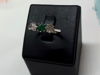 Victorian Gold Ring with Emerald and Rose Cut Diamonds