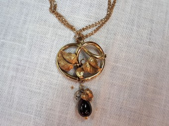 Beautiful Gold Leaves and Garnet Flower Victorian Pendant